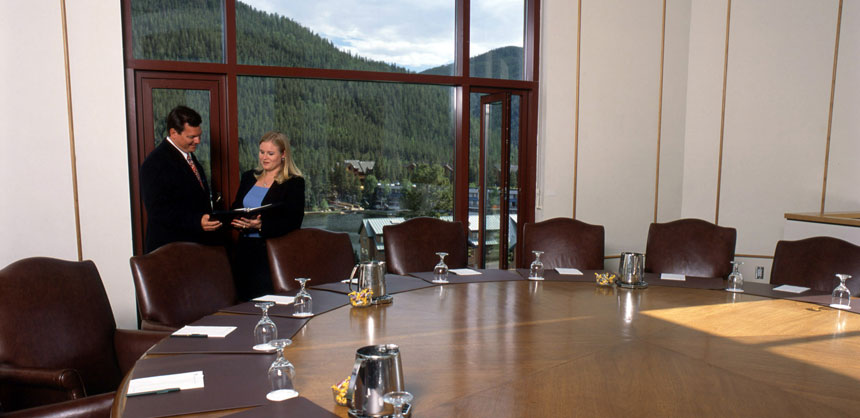 Keystone Resort & Conference Center in Keystone, CO, provides 100,000 sf of meeting, exhibit and function space.