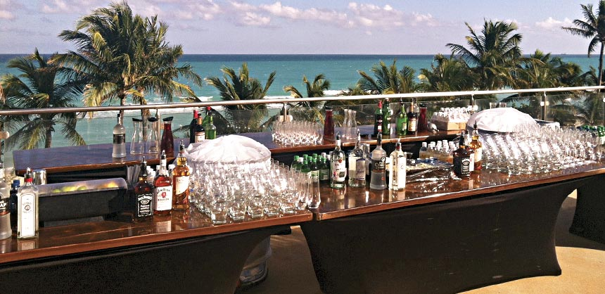 A bar setup at the oceanfront Fontainebleau Miami for The National Association of Television Program Executives, which has brought groups to the Fontainebleau for the past four years. Credit: Simon Wilkinson Photography