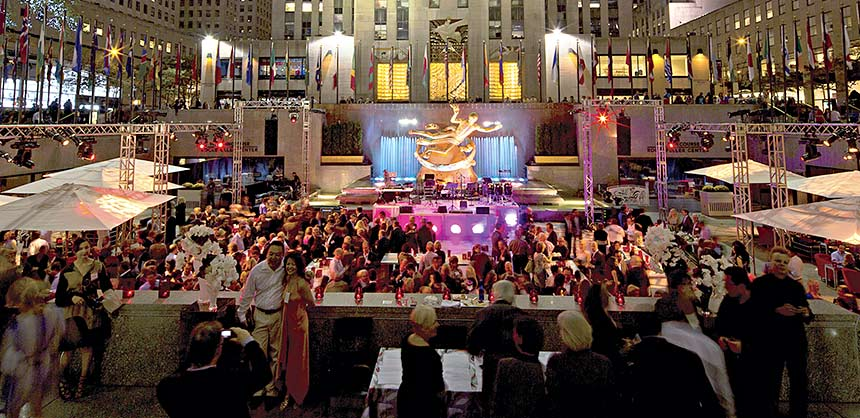 Briggs Inc., a DMC Network Company, staged this gala reception/dinner for 800 guests at the iconic Rockefeller Center in New York City. Credit: Briggs Inc.,a DMC Network Company