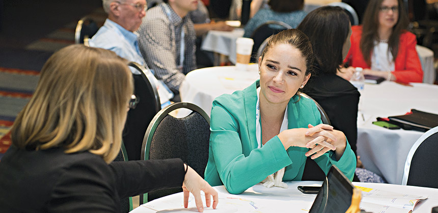 Attendees participate in education sessions at the 2016 ASAE Marketing, Membership & Communications Conference. Credits: Maria Bryk/ASAE