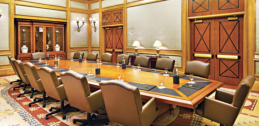 Caesars Palace accommodates meetings large and small, from expansive ballrooms to the intimate Senate Boardroom (above).