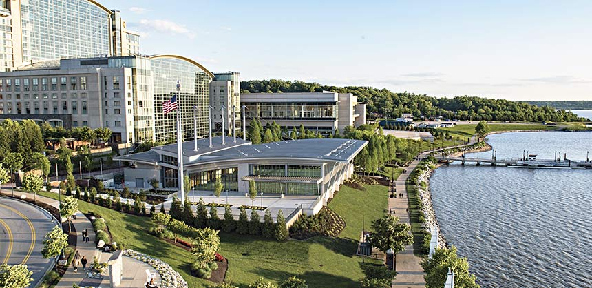Gaylord National Resort & Convention Center has enhanced its meeting space with the new 16,000-sf RiverView Ballroom situated in front of the resort on the waterfront.