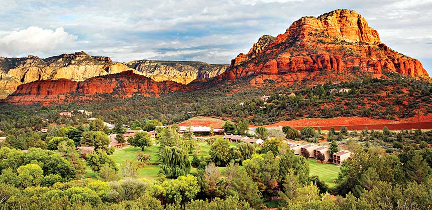 Poco Diablo Resort Sedona is surrounded by a landscape of red rocks, where you will feel relaxed and at one with nature. Credit: Poco Diablo Resort
