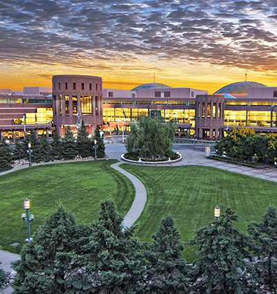 Minneapolis-Convention-Center-Front-Entrance7-400