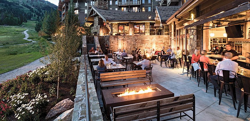 Four Seasons Resort and Residences Jackson Hole offers nearly 11,000 sf of meeting and event space. Attendees can also enjoy outdoor activities, such as hiking trails, snow skiing, whitewater rafting, biking and more.