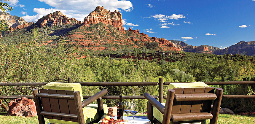L'Auberge de Sedona has five room options and several spaces suitable for intimate to medium-sized events.