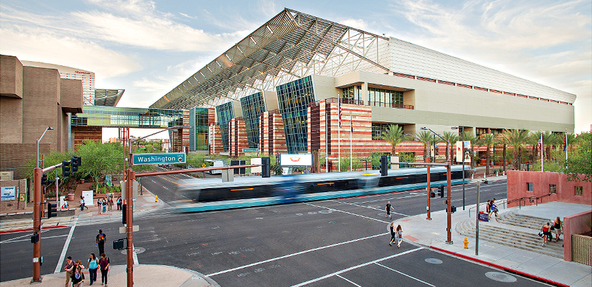 Phoenix Convention Center offers 1,000,000 sf of meetings and exhibits space, including a 312,500-sf main exhibit hall.