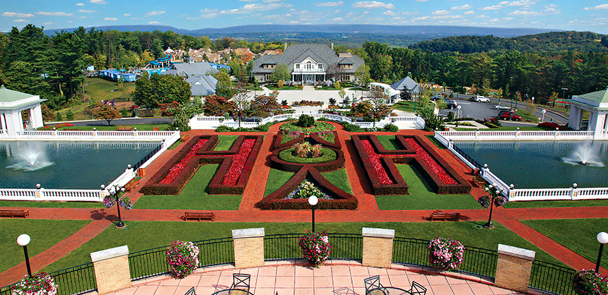 The Hotel Hershey is part of Hershey Resorts, which offers activities from golfing to visiting a butterfly atrium. Hershey Entertainment & Resorts
